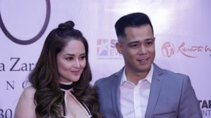 Dingdong Avanzado with his wife Jessa Zaragoza